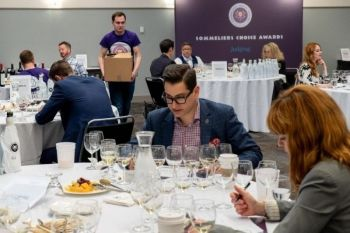 Photo for: Grow Your Wine Brand In USA with 2021 Sommeliers Choice Awards